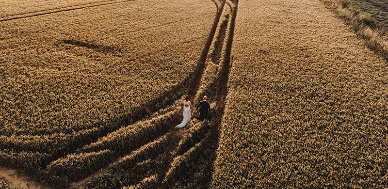 Einzigartige Hochzeitsfotos Und Videos Mithilfe Einer Drohne